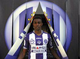 GETTY IMAGES Image caption Brazilian midfielder Somália is joining Saudi football club al-Shabab