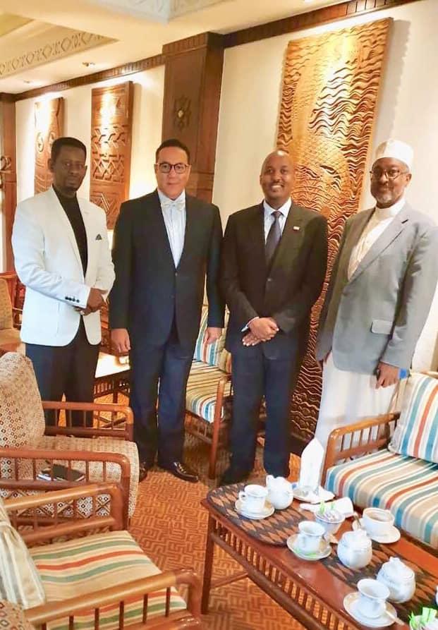 Photo Left Somaliland Deputy Ambassador to Kenya Ayanle Salad Dire,Kenyan Secretary for TourismNajib Balala ,Right Somaliland Ambassador to Kenya Amb.BasheAwil Omer