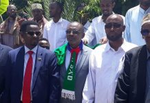 Former ONLF Commander Abdikarim Sheikh Muse (Qalbidhagax) arrives in Hargeisa and welcomed by officials and other political leaders