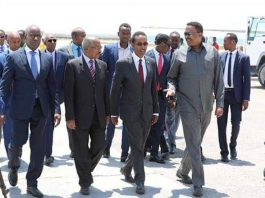 Ethiopian and Eritrean Foreing Ministers Arrive in Mogadishu