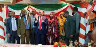 As a part of visits to strongholds of Waddani party supporters in Britain, Chairman of the party, Abdirahman Mohamed Abdullahi, paid a visit to the Northwest England city of Manchester.