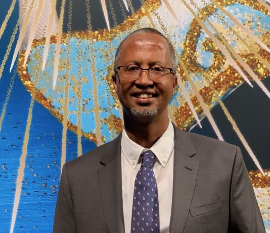 Abdikarim Mohamed Eid, CEO, Telesom after being named CEO of the Year at the AfricaCom Enterprise Awards