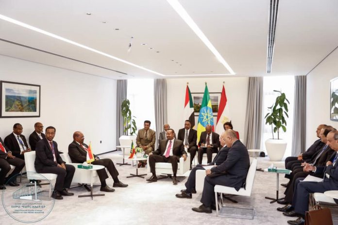 A trilateral meeting was held this morning at the Office of the Prime Minister between Prime Minister Abiy Ahmed, President Abdel Fattah el-Sisi of Egypt and President Omar al-Bashir of Sudan.