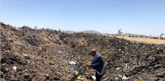 PIC: @flyethiopian CEO visiting the crash site in Bishoftu. Src: FB.