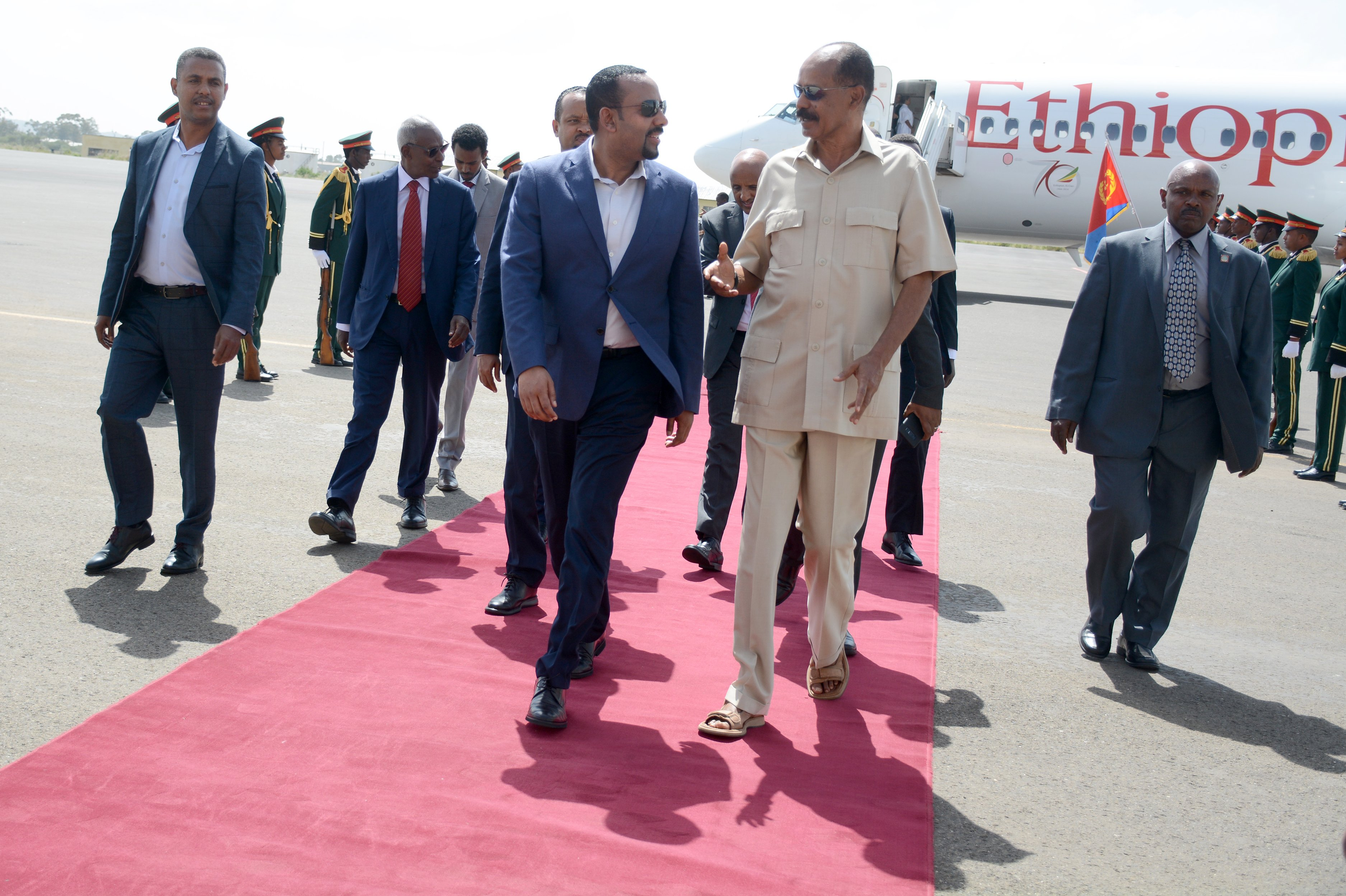 Ethiopian, Eritrean leaders agree to boost for regional peace,devt cooperation