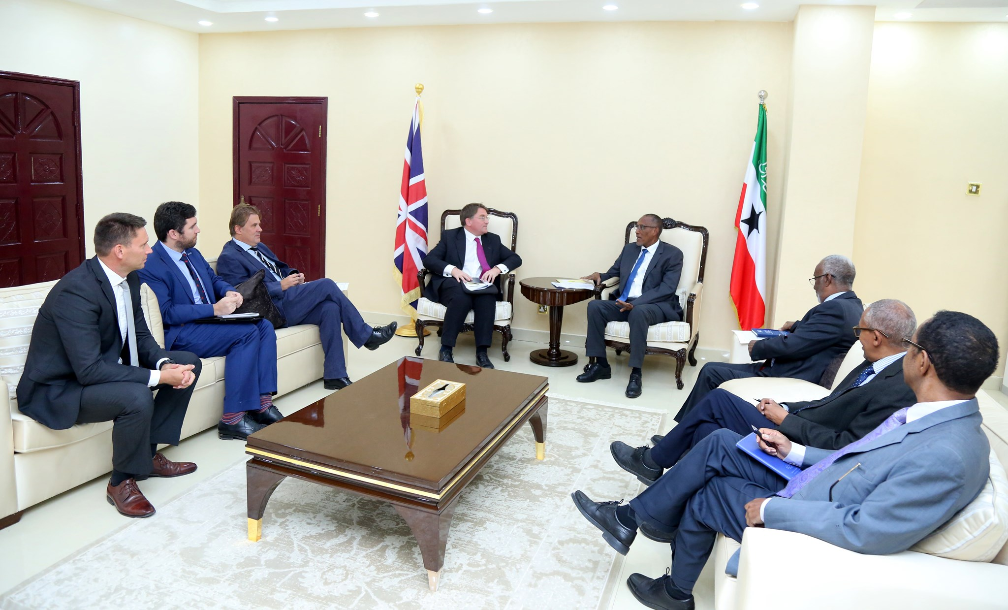 Somaliland President Muse Bihi Abdi received Uk Ambassador to Somalia Benfendor in his office.