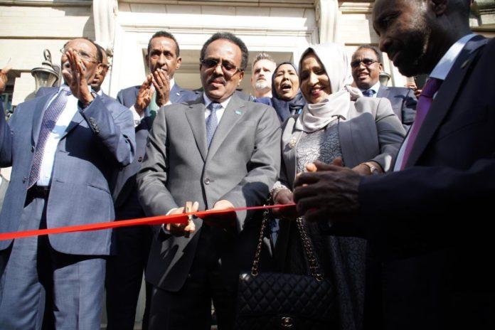 Somalia's President Mohamed Abdilahi Farmajo cuts ribbon the new building of Somalia embassy in Washington DC