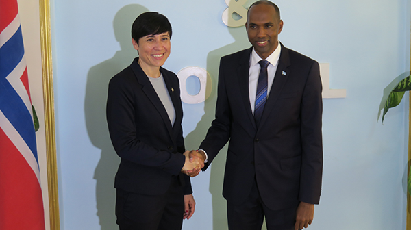 Somalia Prime Minister Hassan Ali Khaire get help to clear the country's debt. Here with Minister of Foreign Affairs Ine Eriksen Søreide. Credit: Svein Michelsen, norway MFA