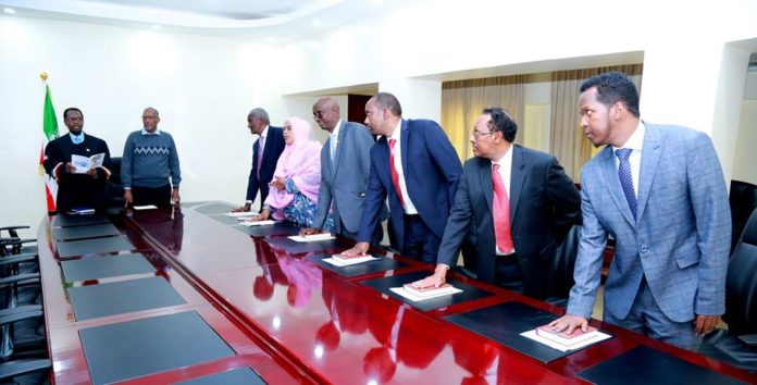 Somaliland new Electoral Commission sworn in
