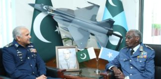 Pakistan, Somalia Air Force Commanders discuss ways to enhance cooperation