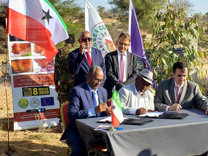 Eu and Hargeisa Cultural Centre Join Hands to Protect the Laas Geel Cave Paintings