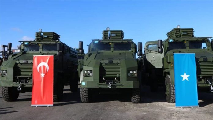 Turkey donates 12 military vehicles to Somalia