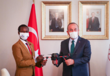 Turkish FM receives Young Somali inventor Guled Adan Abdi