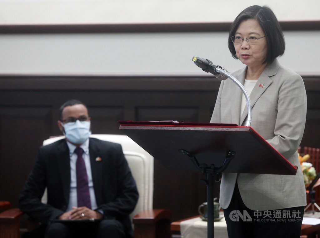 Tsai (right) speaks at the event as Mohamoud looks on. CNA photo Oct. 12, 2020