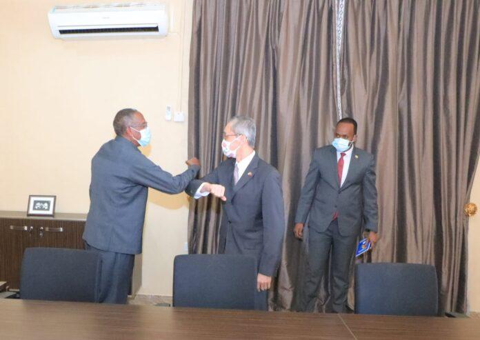 Somaliland President meets Taiwan Representative to Somaliland Allen Chengwa Lou
