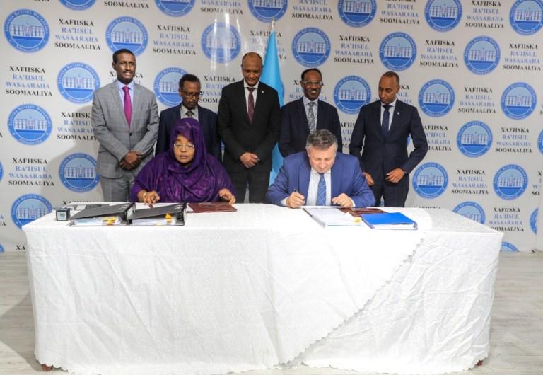 Somalia, Turkish Firm Sign Revised 14 Year of Mogadishu Port Concession