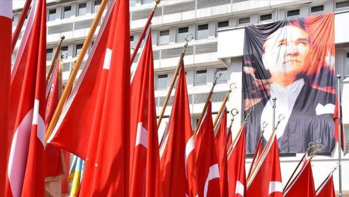 Somalia congratulates Turkey on 97th Republic Day