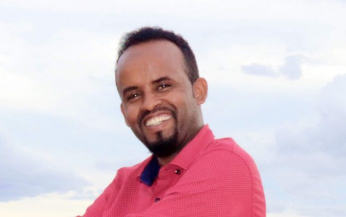 "Freelance journalist, Kilwe Adan Farah detained on 27 December, 2020 is charged with 'attempted murder"" by Puntland's military court on 11 January, 2021. 