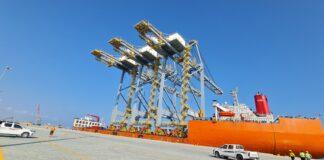 Three new ship-to-shore gantry cranes arrive