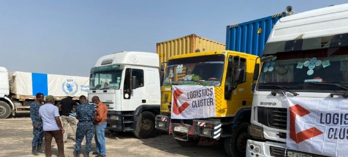 © WFP Humanitarian aid being delivered to the Tigray region of Ethiopia by a convoy of 50 trucks .