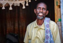 A displaced father of 25 leads a fight to return home in Somalia