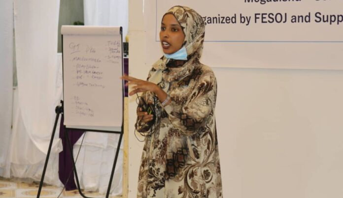 180 SOMALI JOURNALISTS RECEIVE UNITED NATIONS-BACKED TRAINING ON REPORTING ELECTIONS AND WOMEN'S 30 PER CENT QUOTA
